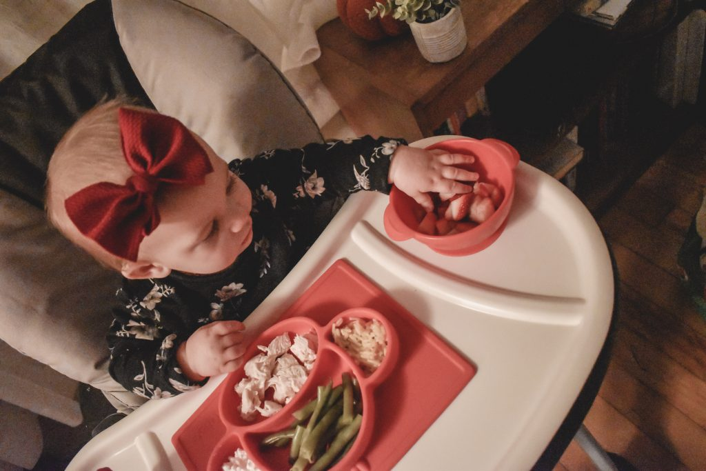 Looking for the perfect plates, bowls and cups to use with your baby just starting to eat with their hands? Check out my full review on Nuby products for your little one!   Baby   Baby food   Nuby   #babyfeeding #babyfood #babytips #mealtime