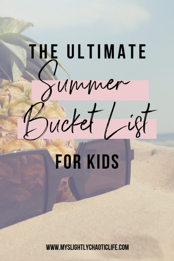 Looking for fun summer activities to do with kids? Check out the ultimate summer bucket list. | Summer | Summer activities | Kids activities |