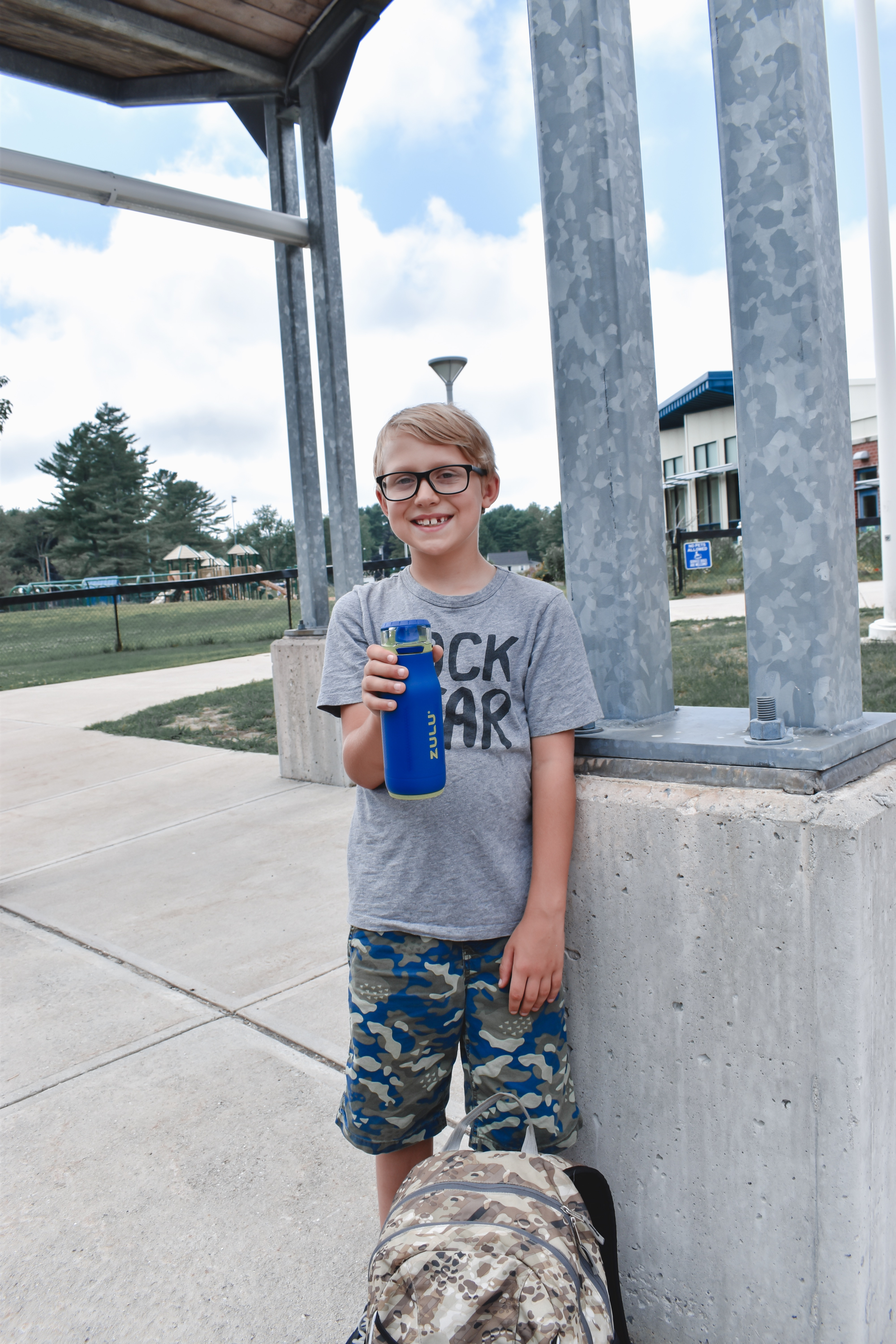 Looking for a kid's water bottle for back to school? Check out the best water bottle for kid's and moms as well! | Back to School | Water Bottle | School supplies | Fall | Athletic water bottles |