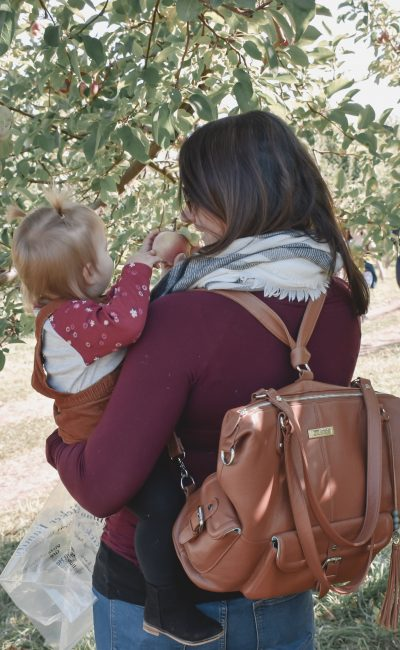 Lily Jade Diaper Bag: Stylish & Versatile