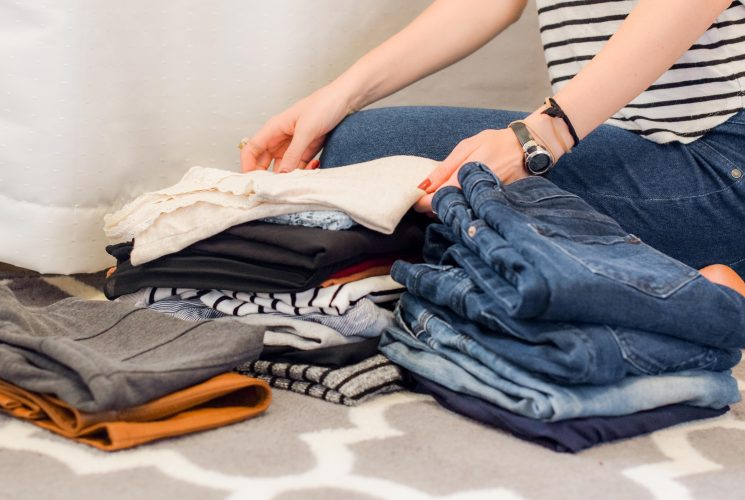 Looking for a more organized and decluttered year? Check out 10 things to organize to declutter your life right now. | Organization | Organization Tips | Balanced Life |