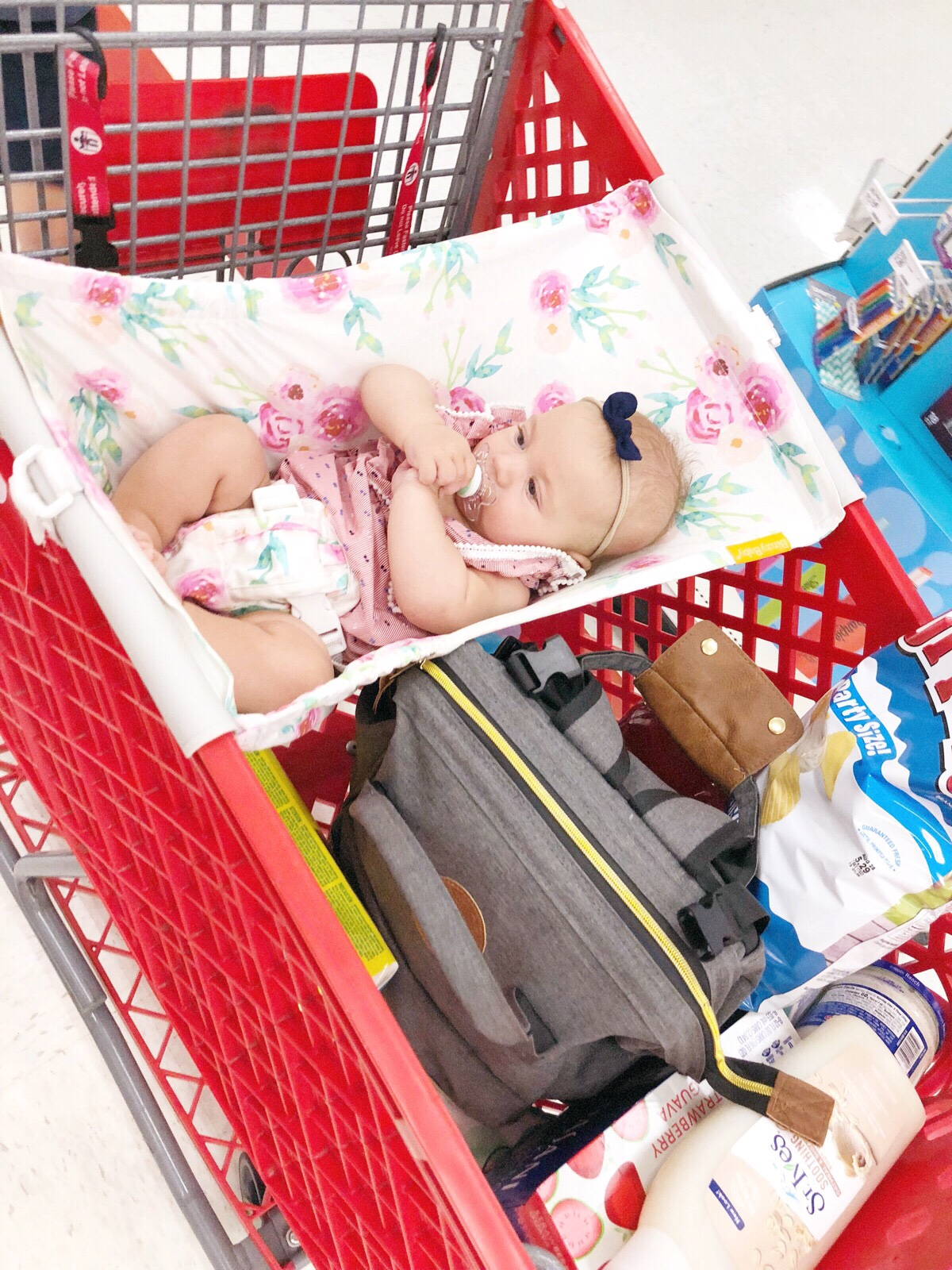 Wondering what items are necessary for your baby? Here are 2 must have baby items to add to your registry. | Baby items | Must have baby items |
