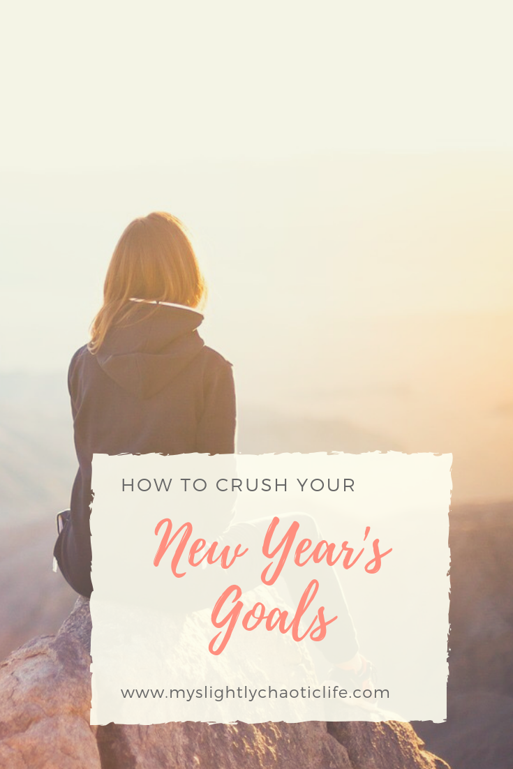Do you struggle with making and keeping New Year's Resolutions? Here are 5 ways for you to crush your New Year's goals to make this the best year yet. | 2019 Goals | New Years Resolutions | Resolutions | Resolution Tips | #newyears #resolutions #goalsfor2019 #newyearsresolution