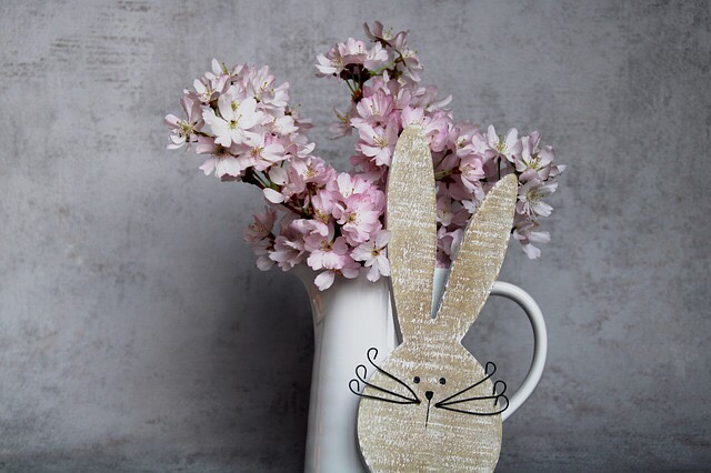 Looking for last minute Easter basket ideas for kids. Check out this list and everything is on Amazon Prime! | Easter Basket | Easter | Easter gifts | Kids |