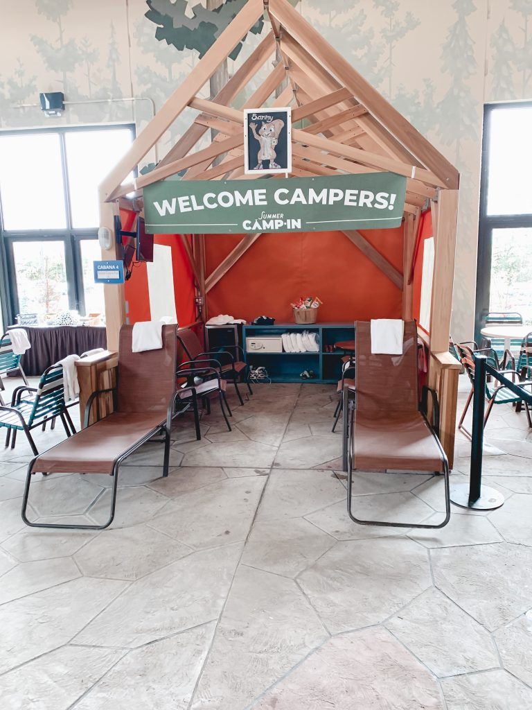 Ever thought about visiting Great Wolf Lodge? Check out their all new Summer Camp-In experience. | Great Wolf Lodge | Family Vacation | Travel | Family Travel |