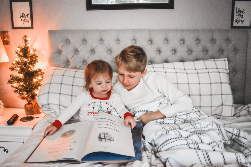 Excited to be done with the holiday stress? Well so am I, and here is why in this week's addition of Mom Life Monday. | Mom Life | Holiday | Holiday stress |