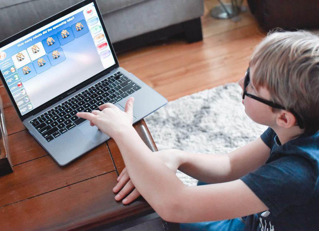 Looking for an easy way for your child to learn math? Here is a review of Elephant Learning and how your child can learn 1 year of math in 3 months guaranteed. | Learning | Kid's learning | Math |