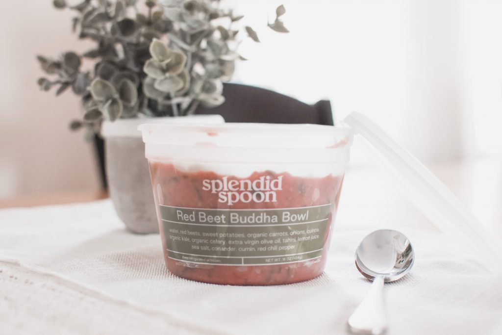 Look for more plant based meals to add to your diet that are easy to gran and go? Here is why Splendid Spoon vegan meals may be just what you are looking for. | Vegan meals | Healthy eating | Meal Planning | Plant Based |