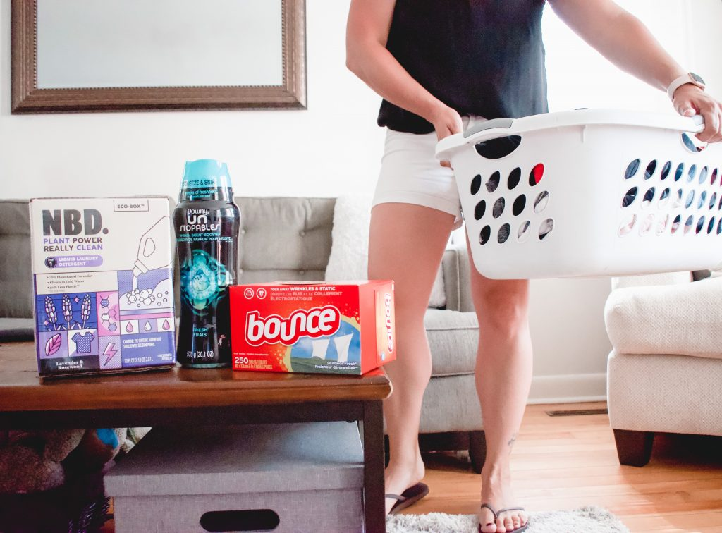 Looking for tasks that you can do daily to make it look like your have a clean home? Here are 5 things to do daily to keep a clean home. | Cleaning | Home | Organization |