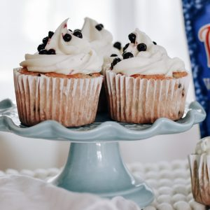 Recipe to make blueberry cupcakes that easy and tastes delicious!